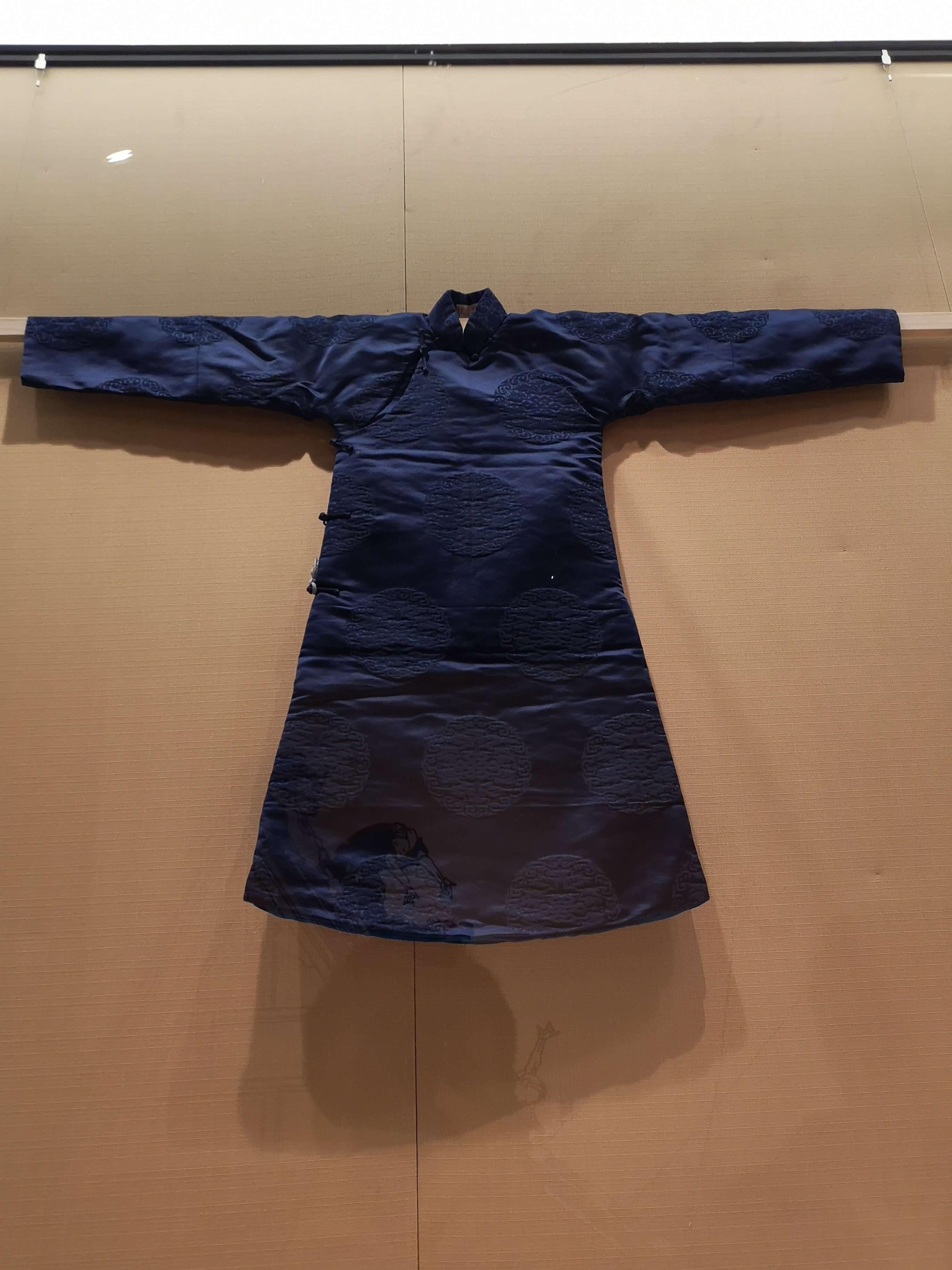 18世纪北京居民儿童穿的衣服